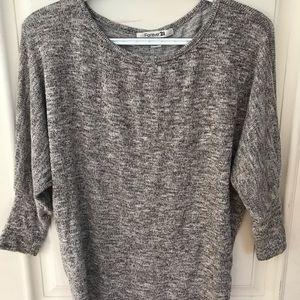 FOREVER 21 gray long sleeve/ sweater